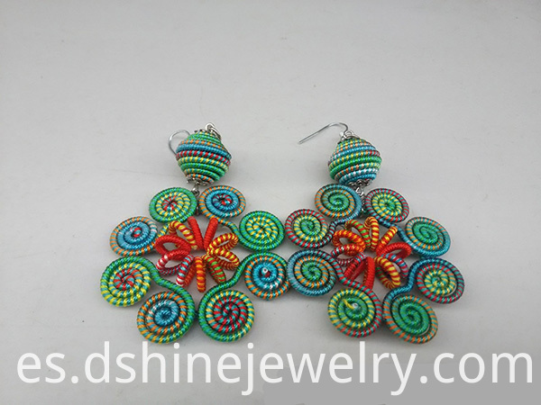 Rotating Petals Handmade Thread Earring